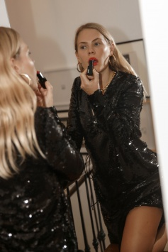 Lipstick getting ready night out mirror