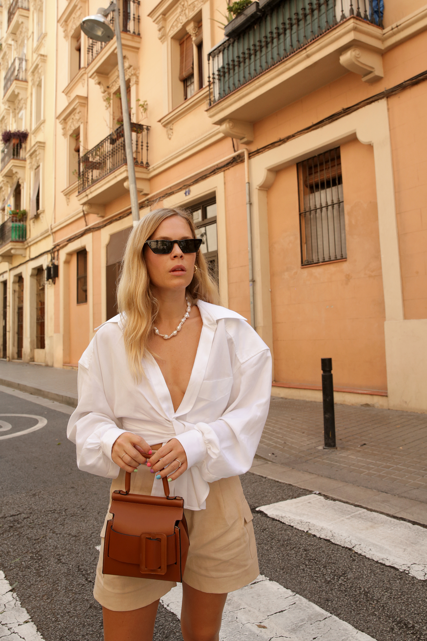 An Insider S Guide To Barcelona We The People We The People